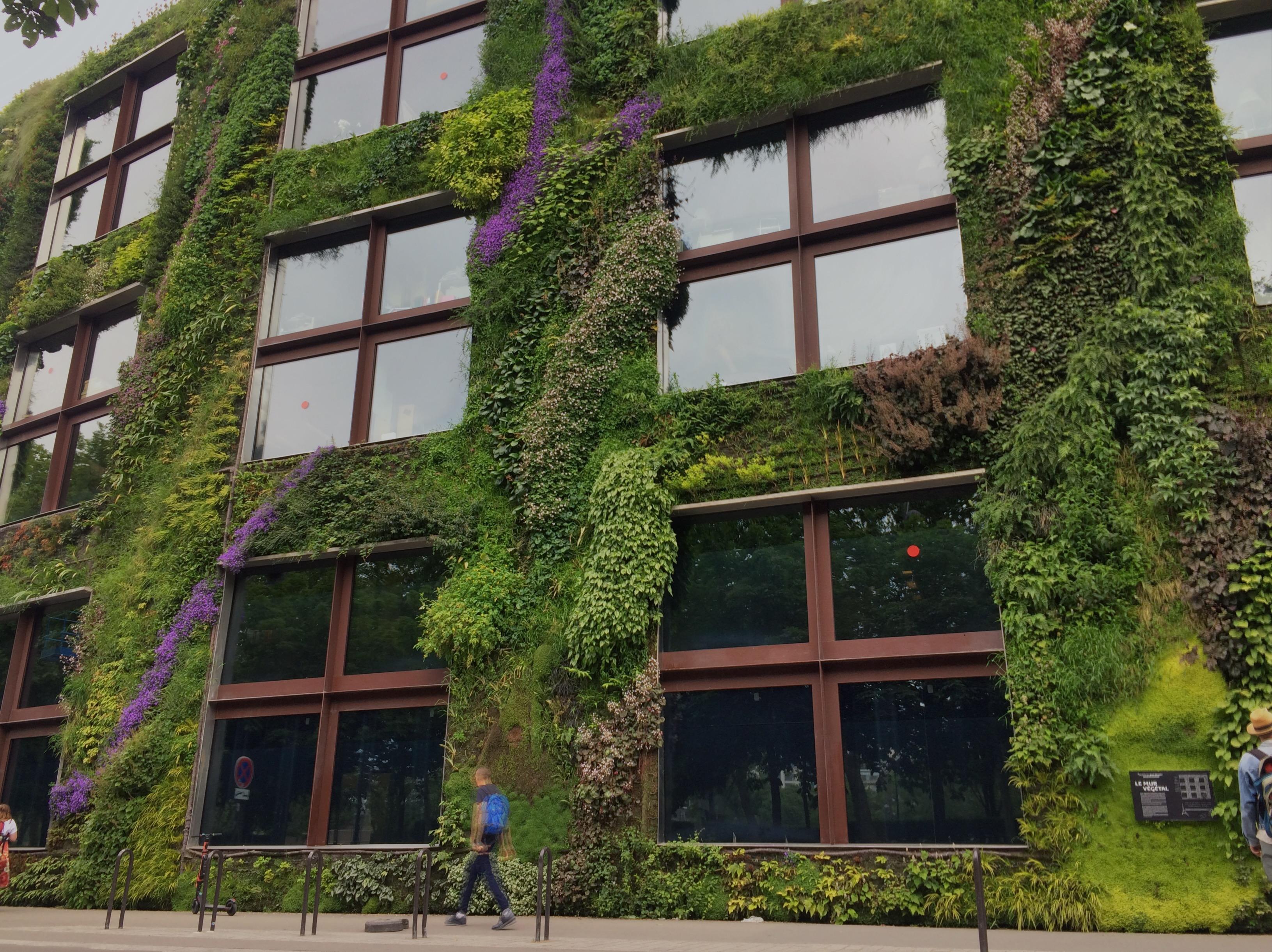 Paris und die vertikalen Gärten