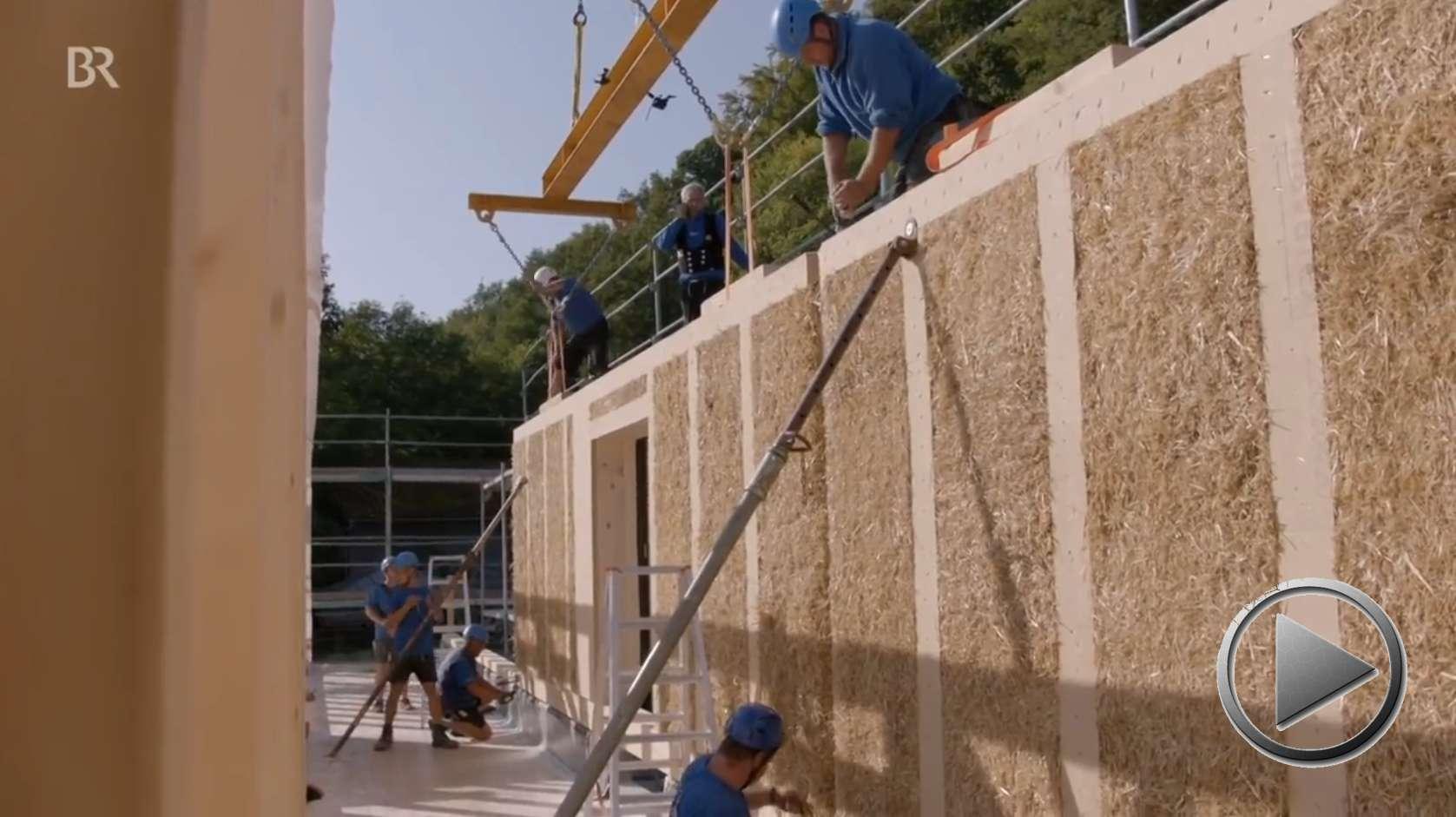Doku: Stroh statt Styropor? Klimaschonendes Bauen mit Naturdämmstoff